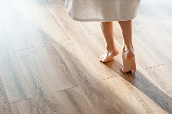 Förnya och förbättra med golvslipning